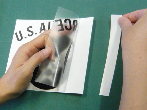 ステッカーの貼り方説明写真4